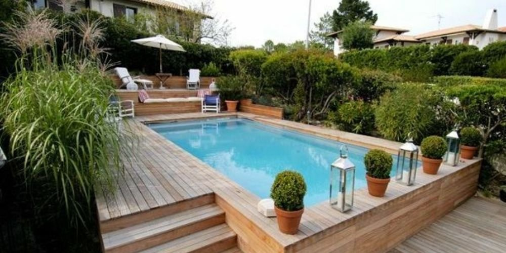 construire piscine reunion semi enterree