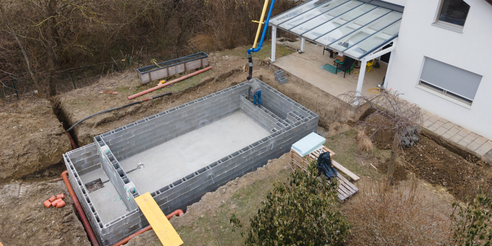 construire piscine reunion sol